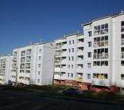 Жилые дома (б/с 1,2,3,4) расположены в Свердловском районе г. Иркутска, в м-не Университетский.